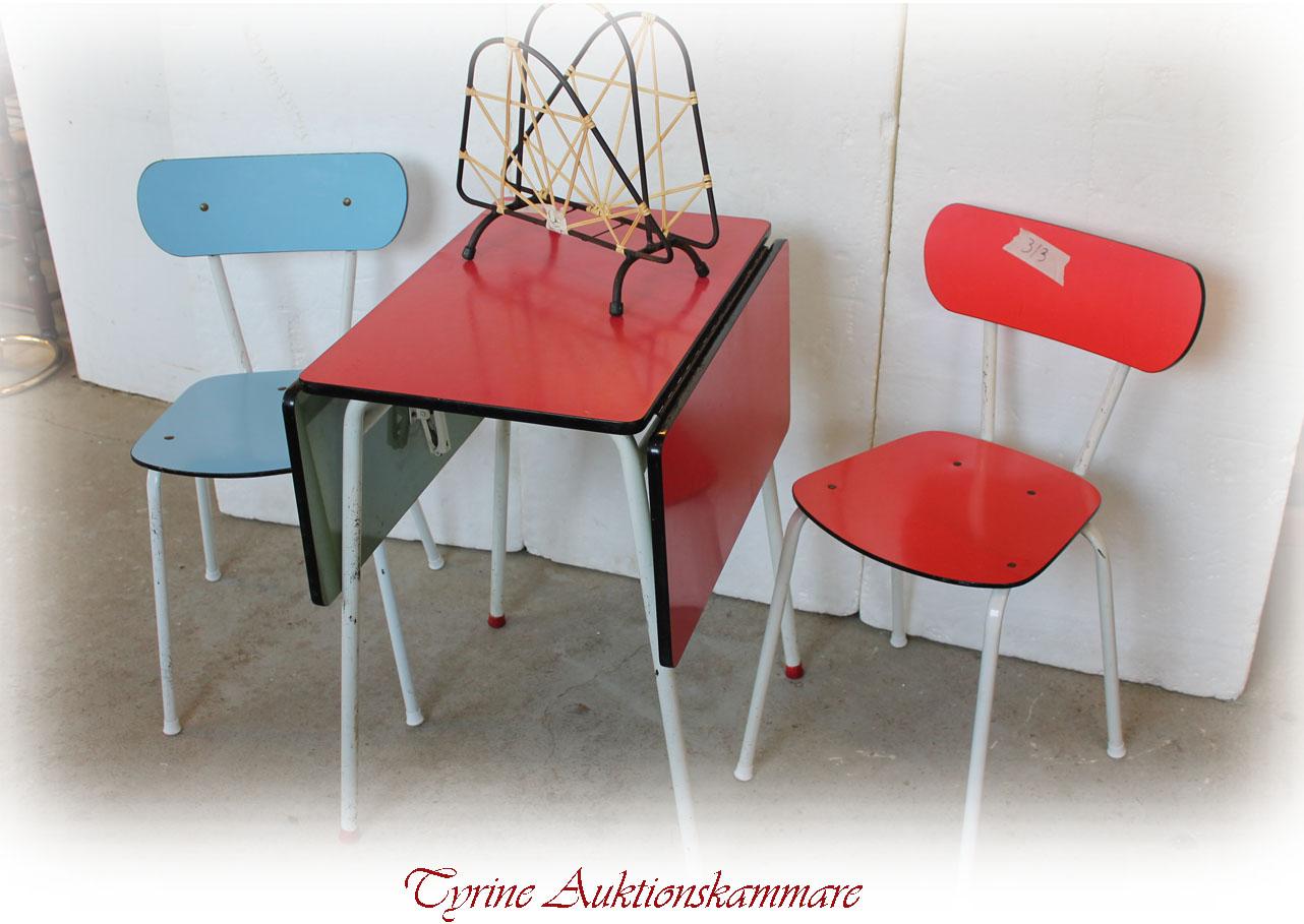 Højmoderne retro bord stolar | Tyringeauktion.se WJ-24